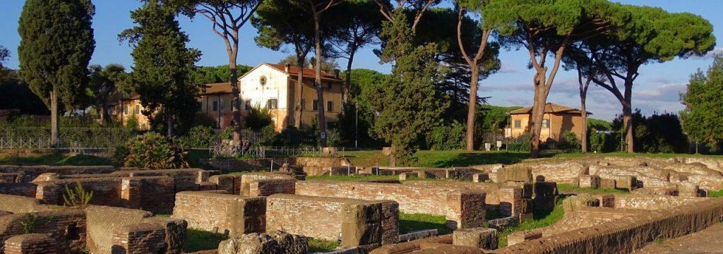 Picnic in Ostia Antica, Rome's best picnic location
